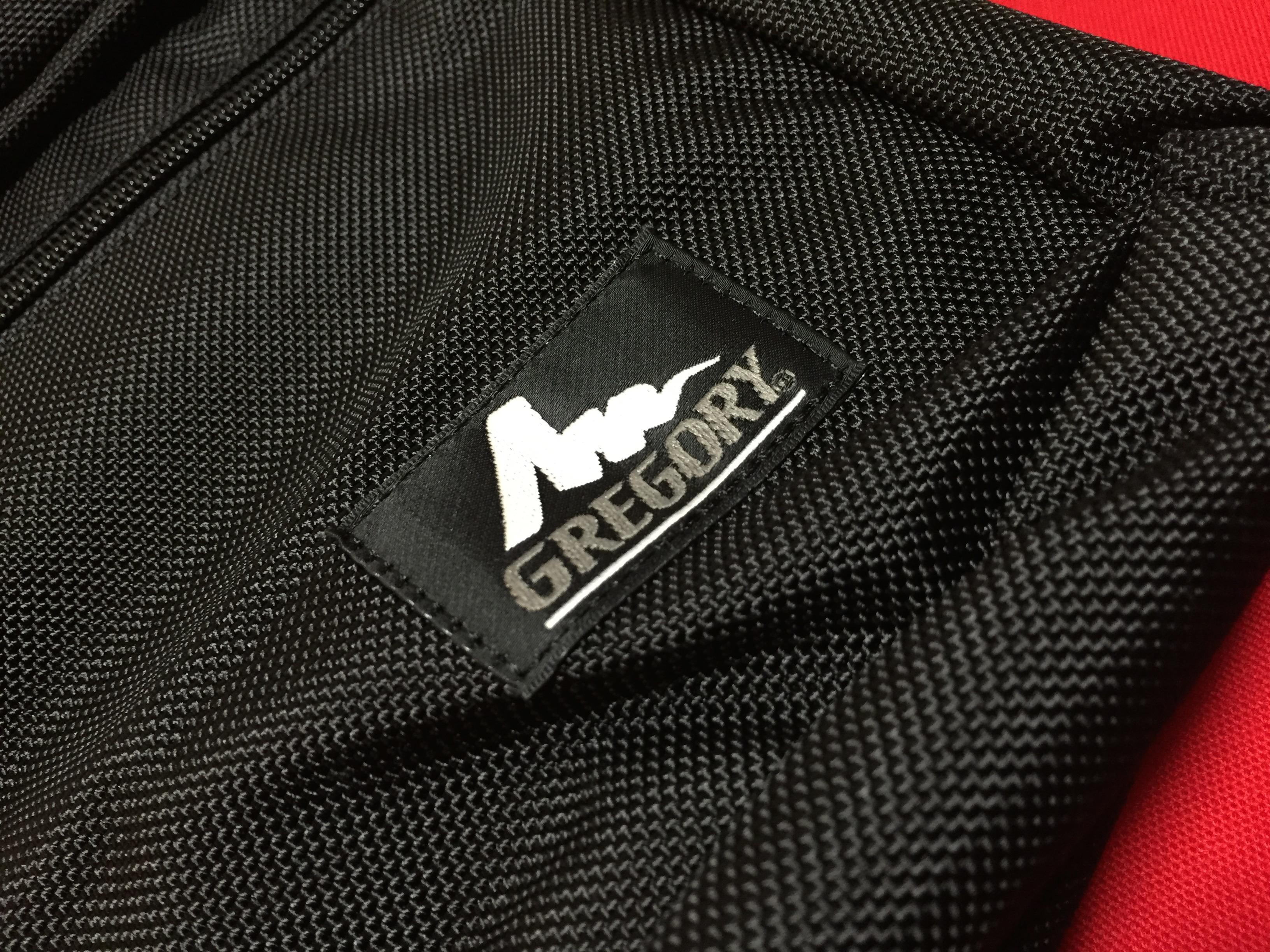 グレゴリーのおっさんっぽいバックパックに満足しています。Gregory Covert Mission Day。