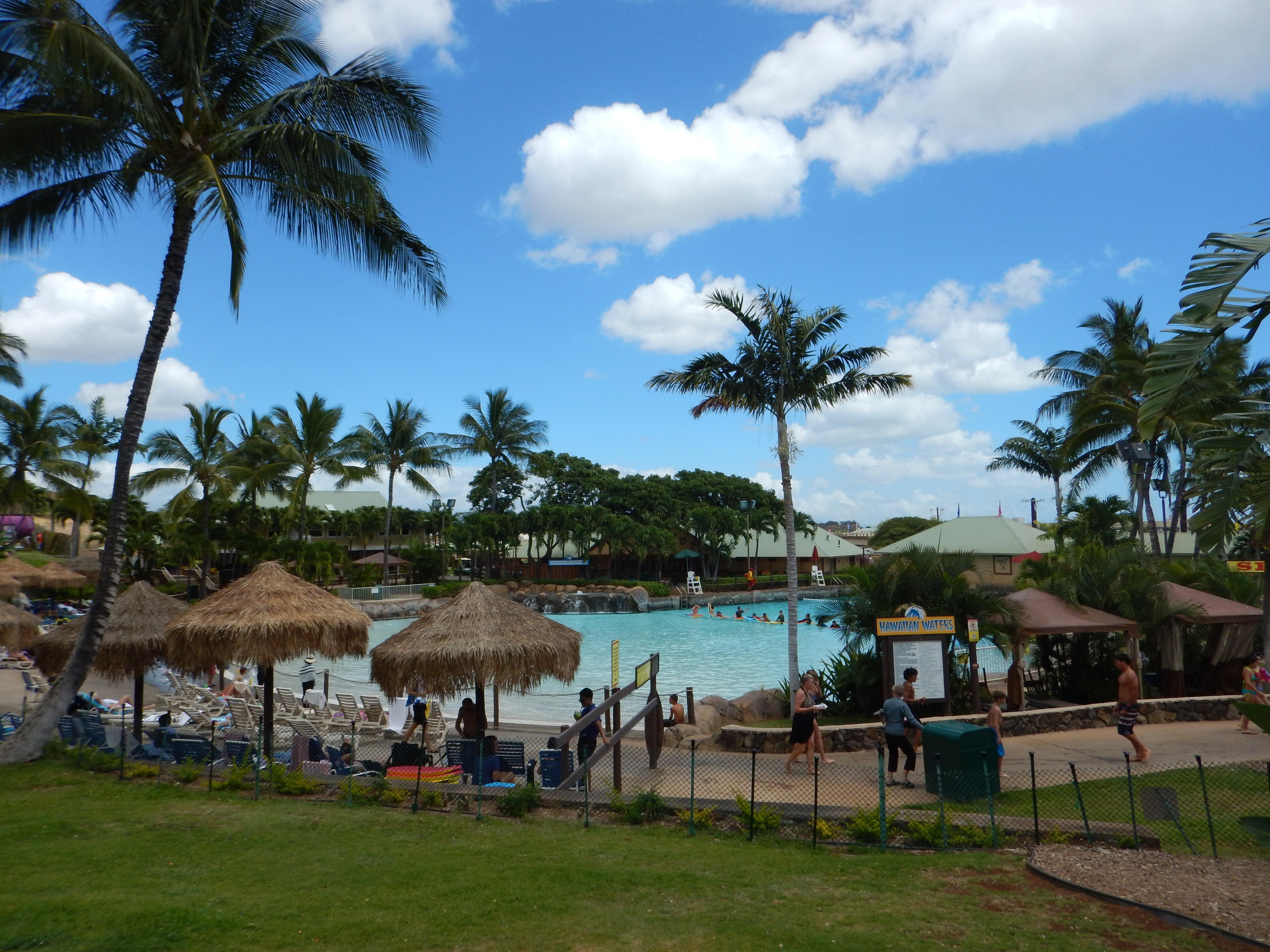 ハワイ Wet'n Wild Hawaii の現地フード価格等を紹介します。