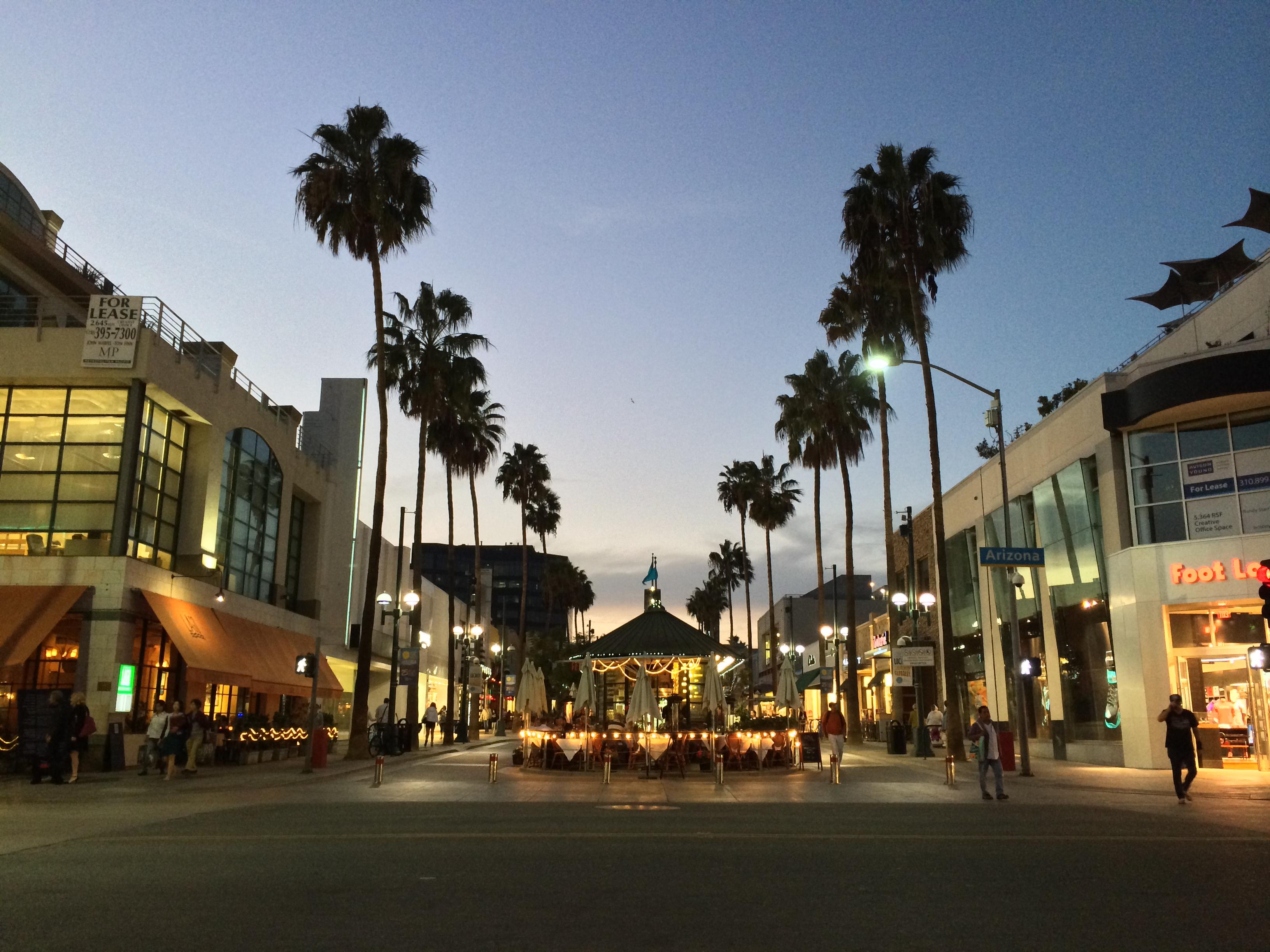 ロサンゼルス。男子向けオススメ観光スポット(と、いうかココしか行きたいところが無かった)