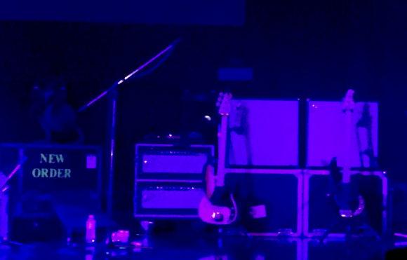 Neworder_live_11