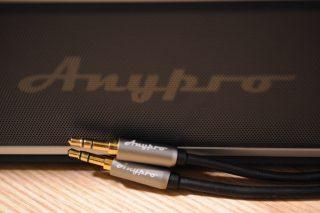 TVの音声を Bluetooth スピーカー から出す時に使うケーブル。Anypro のオーディオケーブル が結構カッコイイ!