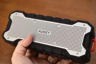 AUKEY(オーキー)のBluetoothワイヤレススピーカー SK-M12 を試す。