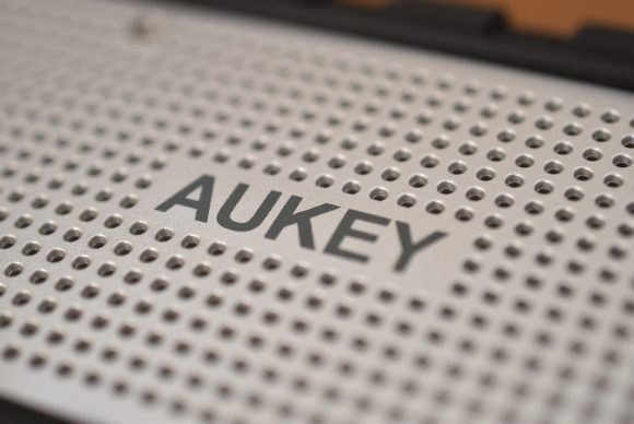 aukey speaker