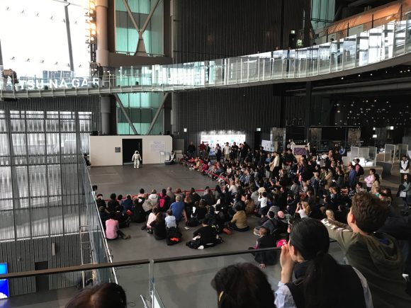 日本科学未来館 ASIMO 大人気