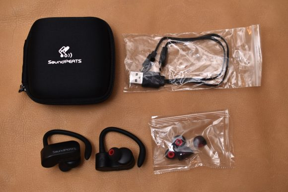SoundPEATS Q16 内容物