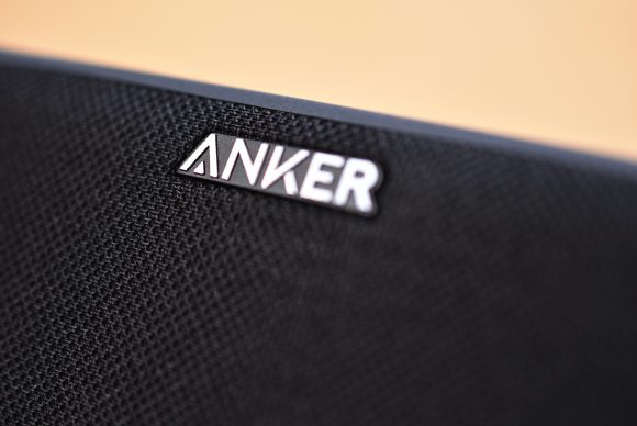 Anker SoundCore Boost 本体ロゴ