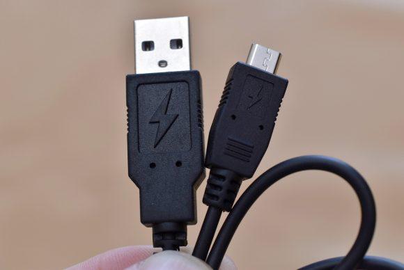 Anker SoundCore Boost USBケーブル