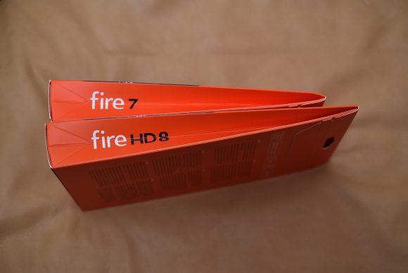 Fire7とFireHD8のパッケージ比較2