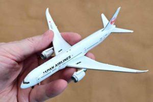 JAL旅客機コレクション創刊号ダイキャストモデル全体