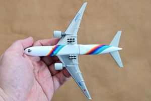 JAL旅客機コレクション3号B777ダイキャストモデル背面