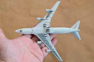 JAL旅客機コレクション4号B747ダイキャストモデル背面