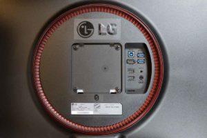 LGモニター27GL850-B背面
