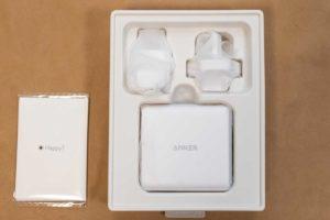 「Anker PowerPort III 3-Port 65W」の内容物