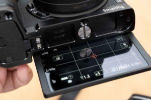 ニコンZ50用プレート背面モニターのチルトが可能