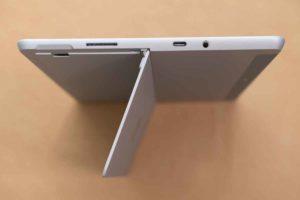 Surface Go 2 のスタンド