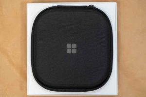 Surface Headphones 2 キャリーバッグ