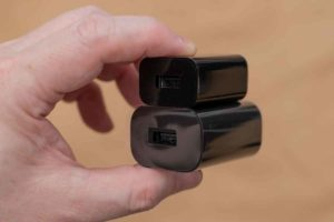 「Fire HD 8 Plus」付属9W充電器5W品と比較