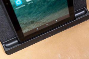 「Fire HD 8 Plus」タブレットワイヤレス充電縦位置対応