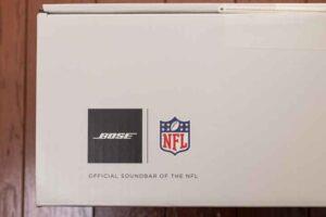 Bose smart Soundbar 300 の外箱