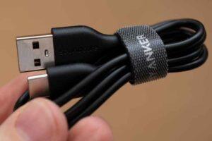 Soundcore Life A2 NC の充電用USBケーブル