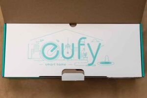 Eufy HomeVac H11の外箱開封