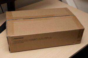 グリーンハウス モニターアーム GH-AMDF1-BKの外箱